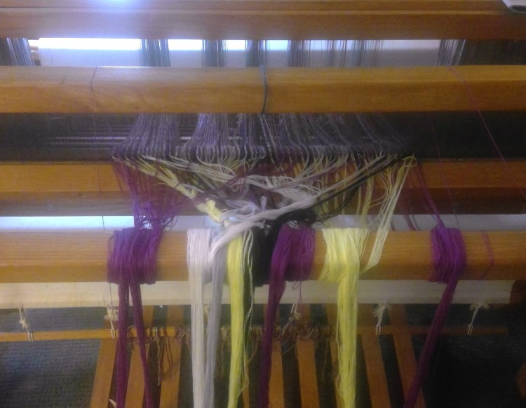 load the loom 1